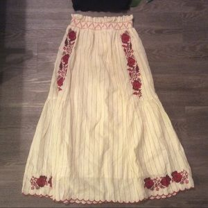 🌿 Gorgeous ZARA embroidered floral peasant skirt